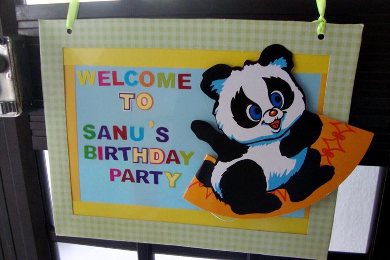 DIY-Animal-Themed-Birthday-Party-Door-Banner