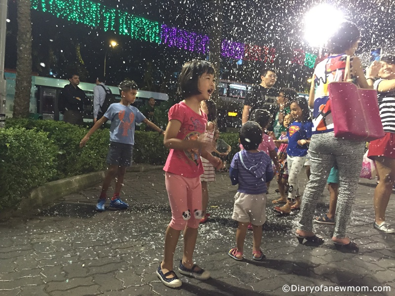 Snowy Bubble Show at AMK Hub