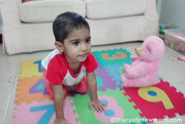 Mini Me Yoga Elearning Review with toddler