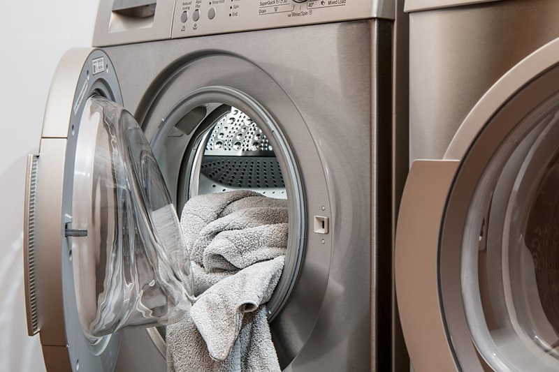 Tips To Save Money On Laundry Detergent