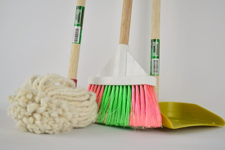 The Top 5 Cleaning Tools You Need as a Homeowner