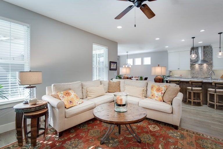 Carpet Cleaning Tips for Busy Moms
