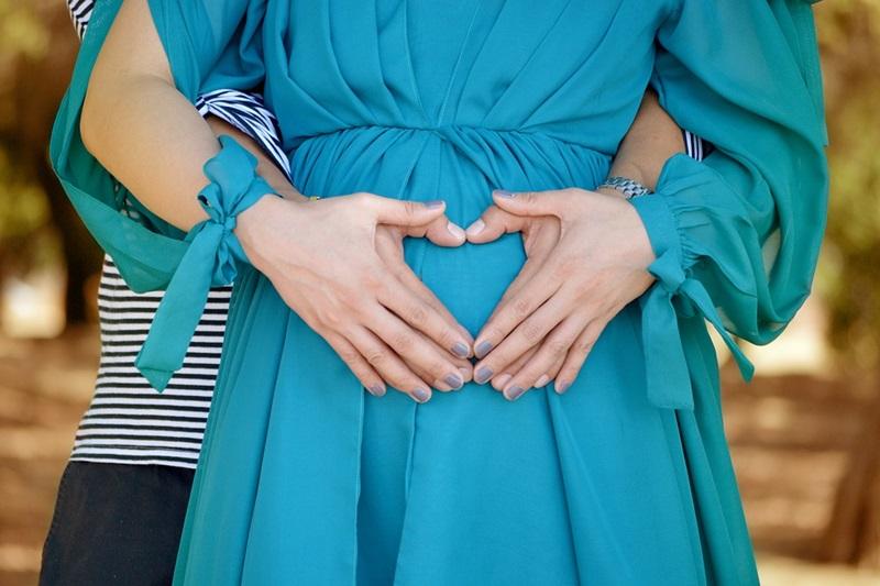 Choose Maternity Dresses