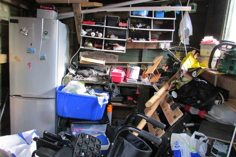 Steps to Cleaning Your Garage