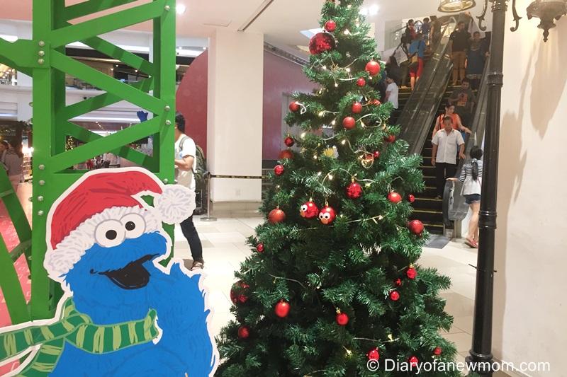 Minimalist Christmas Tree Decoration Ideas