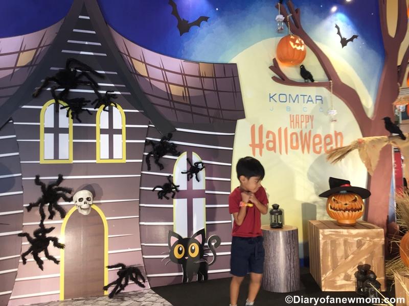 Halloween at KOMTAR JBCC