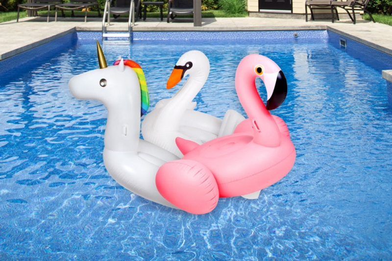 Pool Accessories for Outdoor Relaxation